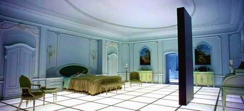 """Fotograma de la  cuarta parte de """"2001 A Space Odissey"""" de Stanley Kubrick (1968) en un claro simbolismo del """"futuro""""."""